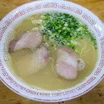 丸一ラーメン - 料理写真:「ラーメン」(540円)。落ち着く~一杯。