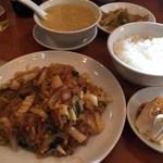 慶和楼 - 粉丝白菜(白菜と春雨の辛子炒め)