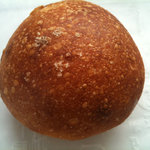 9965574 - 塩入り粒あんパン