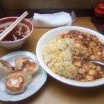 五芳厨 - 夜に食べた麻婆チャーハンセットは思っていたほどのボリュームはなし