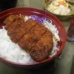 割烹食堂 水車 - ソースカツ丼900円