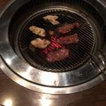 炭火焼肉 牛小屋 -