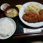 99654834 - 1050円のロースカツ定食【2019.1】