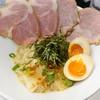 ふく流ラパス 分家 ワダチ - 料理写真:白菜と鶏煮込み麺