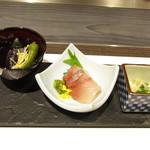 神戸牛ステーキ 桜 - 八寸3種盛り合わせ