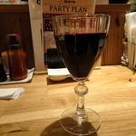 イソガミ ギョウザバル トマコ - 赤ワイン