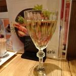 イソガミ ギョウザバル トマコ - 白ワイン