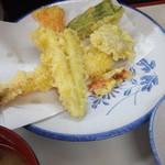 ますだや - 下の方の天ぷら