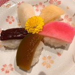 懐石 櫻 - お漬物のお寿司