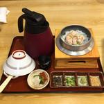 だんらん - しらす焼たらこ釜飯に特選茶漬けセット