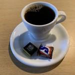 ライフ カフェ&バー -