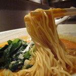 四川料理 慶 - 細麺ストレート