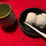 長五郎餅 - 料理写真:長五郎餅と煎茶セット