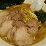 椿ラーメンショップ - ネギチャーシューラーメン(890円)