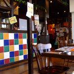 Cafe de Muche カフェ ド ムッシュ - 店内