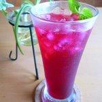 カフェ・エスプリ - 自家製 健康赤しそジュース