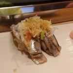 大天寿司 - 料理写真:イワシ握り