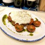 北千住葡萄酒場 - 減農薬チェリートマトとモッツァレラチーズのムース カプレーゼ仕立て(580円)