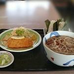 そば辰 - 【蕎麦セットC】串かつ・お握り2ヶ・蕎麦(かけ) 850円