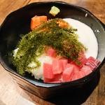 沖縄創作ダイニング 菜美ら - 海ぶどう丼 820円