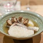 荒木町たつや - 福岡の鰆、 白神山地の舞茸、 長葱、 里芋