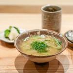 荒木町たつや - 鰆と舞茸のお出汁の雑炊、 香の物