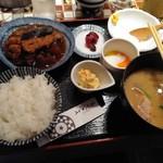 ハナレノミカジノバ - 煮魚定食800円