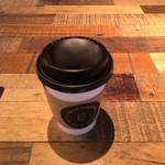 アボカドゥー - ホットコーヒー216円
