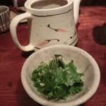 あまからくまから - 鍋あとは鍋つゆを追加して、沖縄そば(コシがあって絶品!)か稲庭うどん・雑炊♪