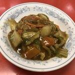 99727968 - カレー丼・(スープ付) ¥750