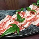 かごしま黒豚とんかつ&しゃぶしゃぶ さつま花亭 - 料理写真:薩摩川内市の八重ファームさんのしゃぶ肉です。