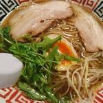 串麺 ともすけ - 料理写真:醤油ラーメン