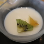 茶えずり - 杏仁豆腐