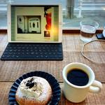 フラップコーヒー - カウンターは電源使えます