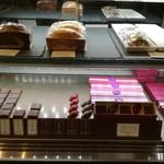 ボン・ヴィバン - ショーケース2(チョコレート)