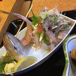 かいしま - 料理写真:鯵のたたき