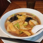 台北101 - 五目湯麺
