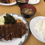 味一 - 黒豚のロースカツ定食