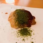 鉄板焼 天 - 牛スジのお好み焼き ふわふわのトロントロンです^ ^