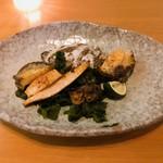 鉄板焼 天 - 鮑の味がシミシミのワカメも美味しかった〜♡