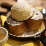 炭火とチーズ NIKUBAKA - かなりオススメフレンチトースト