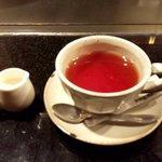 鉄板焼ステーキ Ishida. - 紅茶