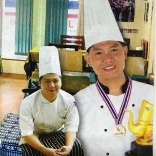 タイの有名レストランで修行したシェフ2人が作ります!