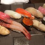 寿司と酒 十六夜 - 松にぎり¥1,480(茶碗蒸し、味噌汁付き)