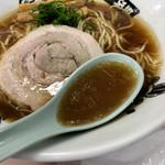 中華蕎麦 とみ田 - 優しくも深みあるスープ(西武池袋本店「味の逸品会」)