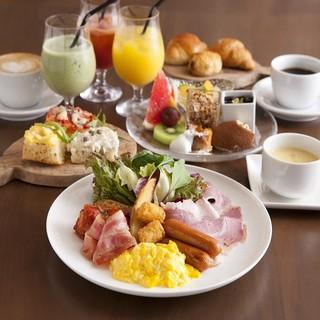 サルヴァトーレの朝食ブッフェも毎日営業中!