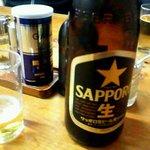 9979158 - ビールは瓶です。\450