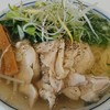 万両力石 - 料理写真:鶏叉焼麺