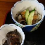 お食事処 おがわ - 小鉢、おばけの酢味噌、生姜煮