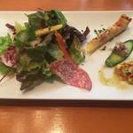 ビストロ ル カノン - 前菜サラダ